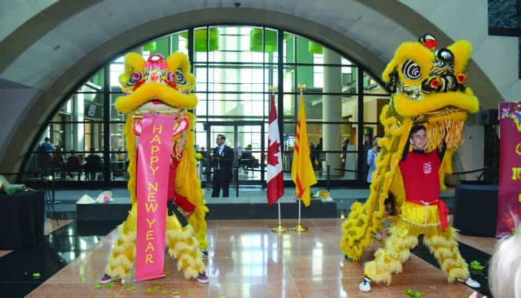 Mississauga mung Tan nien Canh ty 2020 2 copy